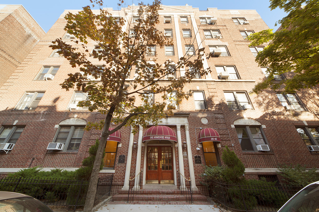 Hampshire House Coop Building Jackson Heights Ny Real Estate Listings